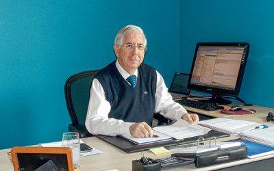 Patricio Sesnich, Agente de Aduanas aborda las trabas del sistema y los conflictos con las navieras